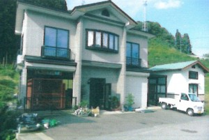 1階にクロちゃんのオリが設置されている宿泊所